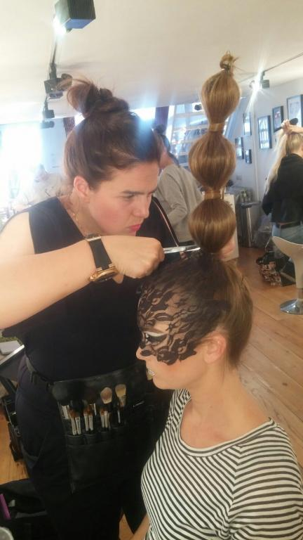 Foto 8 Extreme Decoratieve Hairstyling
