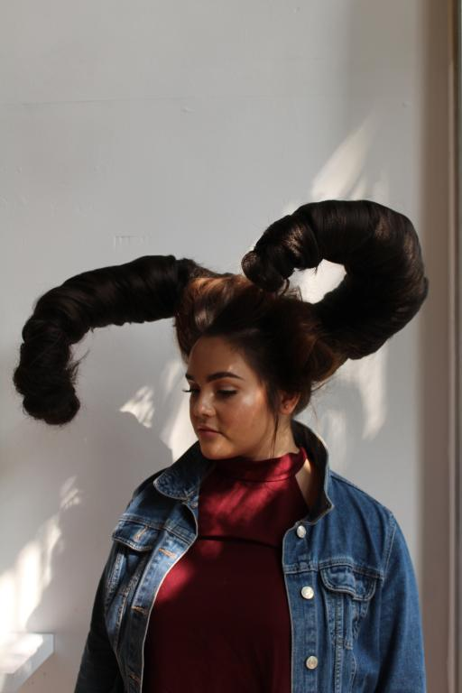 Foto 6 Extreme Decoratieve Hairstyling